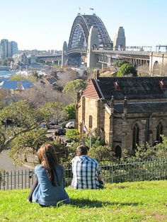 Looking towards Milsons Point & The Sydney Harbour Bridge from Observatory Hill #sydneylove #milsonspoint #observatoryhill