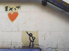 Quelle giornate in cui tutto ti sembra impossibile e la malinconia prende d'assalto le ambizioni rendendole frivolezze. L'unica via d'uscita dall'autolesionismo è volersi bene. L'amor proprio l'amor dovuto l'amor che move il sole e l'altre stelle. #streetart #graffiti #love #dreams #onesolution #bestquotes #nosadness #instadaily by annacatah