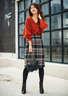 Girly Outfits – Page 5018491069 – Lady Dress Designs Orange Skirt Outfit, Winter Skirt Outfit, Winter Outfits For Work, Houndstooth Skirt Outfit, Tweed Skirt, Denim Skirt, Plaid Pencil Skirt, Pencil Skirt Outfits, Pencil Skirts