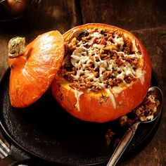 Cooking Savory Dishes With Pumpkin - Escoffier Online Pumpkin Cake Recipes, How To Cook Quinoa, Savoury Dishes, Low Carb Keto, Relleno, Finger Foods, Vegetarian Recipes, Easy Meals, Food And Drink