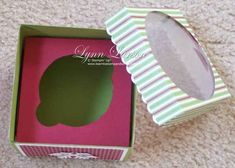 Cupcake BOX TUTORIAL Follow us on Facebook here: http://www.facebook.com/diyncrafts