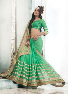 Green Bulk Designer Saree With Lace Border Work