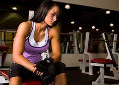 O ciclo menstrual deixa todo o metabolismo das mulheres alterado. Desta maneira, é muito importante que tenhamos um treino específico para esta fase! O fato da mulher prover e tornar possível o desenvolvimento de uma vida em seu ventre, faz com que seu organismo seja muito mais complexo, principalmente em termos hormonais. Neste sentido, o …
