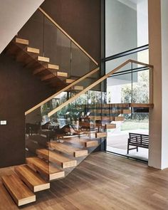 Top 10 Unique Modern Staircase Design Ideas for Your Dream House Most people dream of a big house with two or more floors. SelengkapnyaTop 10 Unique Modern Staircase Design Ideas for Your Dream House design modern staircases Home Stairs Design, Railing Design, Interior Stairs, Modern House Design, Stair Design, Railing Ideas, Modern Stairs Design, Dream House Design, Interior Ideas