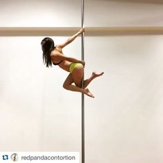 Cool combo! #Repost @redpandacontortion ・・・ Combo inspired by @kehong_poledance_china, slightly sped up. #badkittypride  #pole #poledance #poledancemotivation #gym_videos #gymnastics #calisthenics #PoleAthletics #PoleDanceNation #poledancersofinstagram #ig_poledance #polecombo #skyhighstudios #fitchicks #girlswithmuscles #UnitedByPole