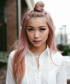 not usually a fan of crazy colour hair….mainly because I'm jealous that I'm not allowed to dye mine because of my job but i thought this was really pretty.