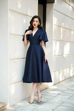 Elegant Dresses Classy, Classy Dress, Simple Dresses, Classy Outfits, Pretty Dresses, Beautiful Dresses, Short Dresses, Mode Outfits, Dress Outfits