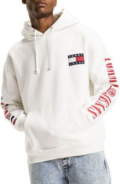 Tommy Hilfiger Flag Hoodie In Bright White Tommy Hilfiger Outfit, Tommy Hilfiger Hoodie, Cute Sweatpants, Cute Comfy Outfits, Urban Outfits, Mens Sweatshirts, Streetwear Fashion, Flag, Clothes