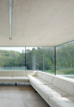 Minimal windows. Private house in Cotswold (UK), by Found Associates.