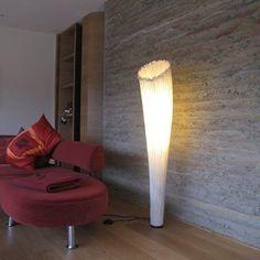 lichtERLEBNIS Stehlampe. Weiches Licht und individuelle Wohnraumgestaltung durch eine sich öffnende Blüte. Stehleuchte Horn aus der Morning Glory Collection von Aqua Creations.  #aqua_creations  #lichtFACTOR #licht #Beleuchtung #Seide #Blüte #Lampe #Stehlampe  #Stehleuchte #Leuchte #Feldkirch #Vorarlberg #Rheintal Feldkirch, Aqua, Lighting, Home Decor, Floor Lamp, Silk, Homemade Home Decor, Water, Lights