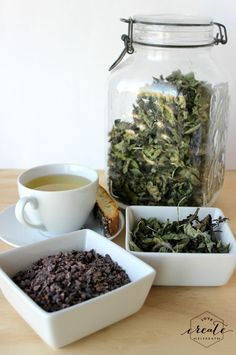How to dry peppermint and make your own chocolate peppermint tea :)