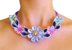 Collar de flores de tela color lila rosa. Regalo por SummerForYou