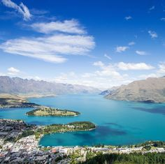 With its soaring mountains and wild coastline, the alpine Southern Lakes is one of the most diverse and beautiful regions in New Zealand.