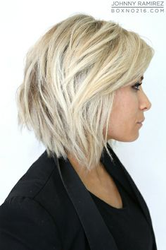 Wish i could pull off short hair. I would totally chop mine off like this.