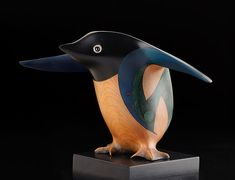 Size: 8 x 12 x 6 inches incl base. Although endemic to New Zealand, the Adelie penguin breeds and lives in large colonies on the Antarctic continent. It is rarely seen on the New Zealand mainland. Penguin Breeds, Penguin Species, Tree Felling, Maori Art, Knife Art, Ceramic Birds, Bone Carving, Animal Sculptures, Architecture