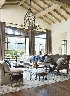 Designer Windsor Smith decorates a ranch house in Los Angeles, CA. Via Veranda mag. May/June 2014 issue.