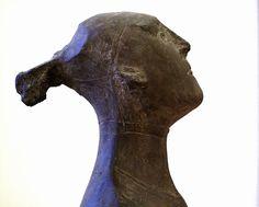 Italian Sculptors, Henry Moore, Art History, Sculpting, Lion Sculpture, Objects, Museum, Monuments, Mobiles