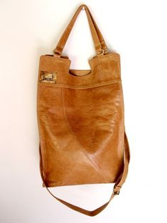 Foldover bag / crossbody bag / foldover purse by BaliELF Leather Purses, Leather Handbags, Tooled Leather, Leather Bags, Leather Crossbody, Soft Leather, Foldover Bag, Handmade Leather Shoes, Hip Bag