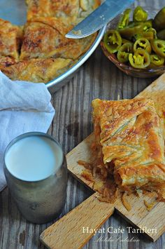 soganli borek tarifi Pastry Recipes, Gourmet Recipes, Cooking Recipes, Healthy Recipes, Borek Recipe, Turkish Recipes, Ethnic Recipes, Good Food, Yummy Food