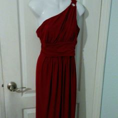 Grecian style Red Dress Beautiful Red one shoulder Grecian style dress. Never worn. Maggy London Dresses Midi
