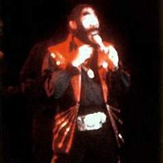 Elvis on stage at the Las Vegas Hilton in august 1971.