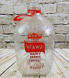 1960s WAWA Dairy Farms Glass Vintage Milk Jug Bottle PA DE NJ Turner Wescott
