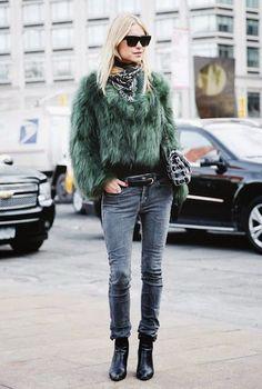 """Eye"" Love Fashion: PAISLEY BANDANA SCARF"