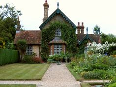 Cottage at Polesden Lacy