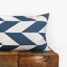 Chevron Dog Bed  Modern Cat Bed  Geometric Floor by ROCAILby4, $72.00