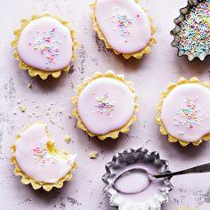 Bebe-leivokset   K-Ruoka No Gluten Diet, Sweet And Salty, Dessert Recipes, Desserts, Something Sweet, Panna Cotta, Sweets, Dishes, Cookies