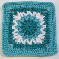 Granny #4 ~ free pattern ~ color inspiration