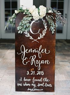 Mahogany sign: http://www.stylemepretty.com/2015/07/13/rustic-elegant-jacksonville-wedding/ | Photography: Lauren Peele - http://www.laurenpeelephotography.com/