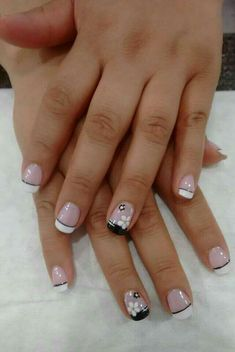 Super french manicure designs for short nails Ideas French Manicure Acrylic Nails, French Nail Art, French Tip Nails, Fingernail Designs, Nail Art Designs, Chelsea Houska, Fingernails Painted, Country Nails, Short Nails