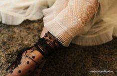 Plumeti blanco (en una de esas preciosas enaguas de @danaetobajas_couture) y medias de lunares negros 🖤🖤🖤 Love it! Couture, Love, Instagram, Leather, Fashion, Polka Dot Tights, Petticoats, Weddings, White People