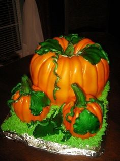 Pumpkin Patch Cake By bakingatthebeach on CakeCentral.com