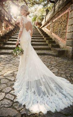 D1950 Keyhole Back Wedding Dress by Essense of Australia