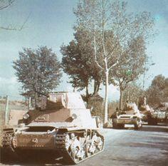 Semovente L6/40 della P. A. I. sulla strada tra Monterotondo e Mentana, 9…