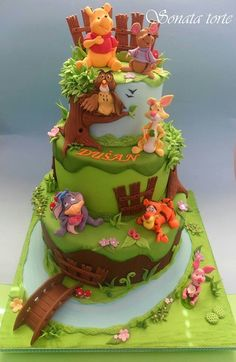 Winnie the Pooh Cake Winnie The Pooh Cake, Winne The Pooh, Winnie The Pooh Birthday, Winnie The Pooh Friends, Big Cakes, Cute Cakes, Rodjendanske Torte, Bithday Cake, Friends Cake