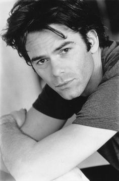 """Billy Burke portrays Bella's dad Charlie Swan to perfection in """"The Twilight Saga"""" movies. Billy Burke Actor, Gorgeous Men, Beautiful People, Revolution Tv, Charlie Swan, Raining Men, Portraits, Great Pictures, Celebrity Crush"""