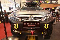 montero sport bar Triton 4x4, Mitsubishi Pajero Sport, Montero Sport, Suv Cars, Expedition Vehicle, Custom Cars, Cars And Motorcycles, Offroad, Luxury Cars