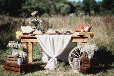 rustic wedding food фуршет