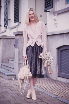 Chantal in an H bow top with lace skirt, booties, and polka dot umbrella (Cocorosa) #blogger #style