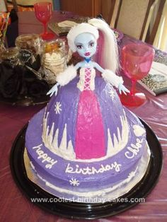 Homemade Abby Monster High Doll Cake: I made this Abby Monster High doll cake for my daughter's 12th birthday. It took 3 cake mixes. I used the pampered chef mixing bowl for the dress. I used