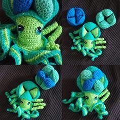 Doudou puzzle pieuvre crocheté de la boutique carofaitmain sur Etsy