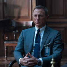 Tom Ford James Bond, James Bond Style, James Bond Outfits, Bond Suits, Tom Ford Ties, Grey Check Suit, Celebrity Style Inspiration, Future Clothes, Daniel Craig