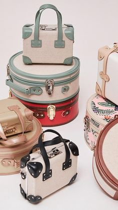 Gifts For Wife, Gifts For Her, Luxury Luggage, Travel Bag Essentials, Leather Suitcase, Luggage Accessories, Unique Purses, Vintage Luggage, Travel Cosmetic Bags