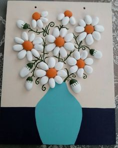 Papatya gibisin beyaz ve ince#taşboyama#taşboyamasanatı#stoneart#paintedroks#beatifullstone #dotart#rockpainting#papatya#elemeği