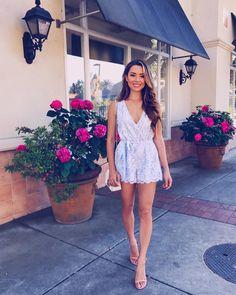 Cute Skirt Outfits, Cute Skirts, Fashion Models, Girl Fashion, Fashion Outfits, Jessica Ricks, Girls In Mini Skirts, Full Look, Dress And Heels