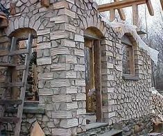 pictures of cordwood homes construction Natural Building, Green Building, Building A House, Casas Cordwood, Cordwood Homes, Natural Homes, Earth Homes, Earthship, House In The Woods