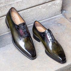 Altan Bottier Artisans Bottiers à Paris Mens Fashion Shoes, Men S Shoes, Your Shoes, Men's Fashion, Derby, Real Men Real Style, Monk Strap Shoes, Brogues, Loafers
